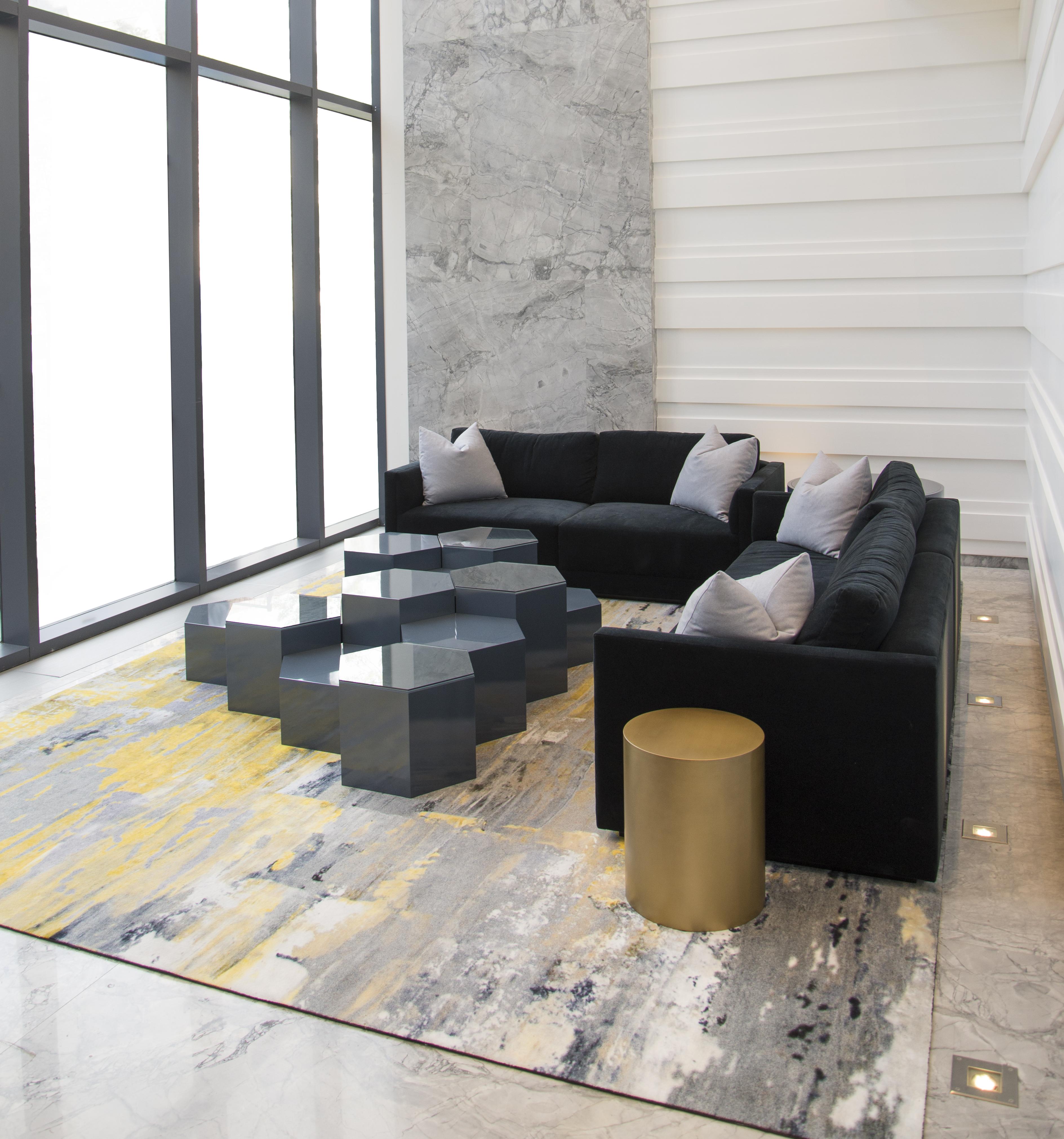 Image in Portfolio 1000 Bay Lobby