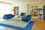 Small shangri la condo  sitting room